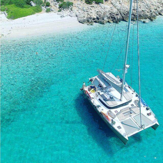 Elvira Luxury Yacht 01