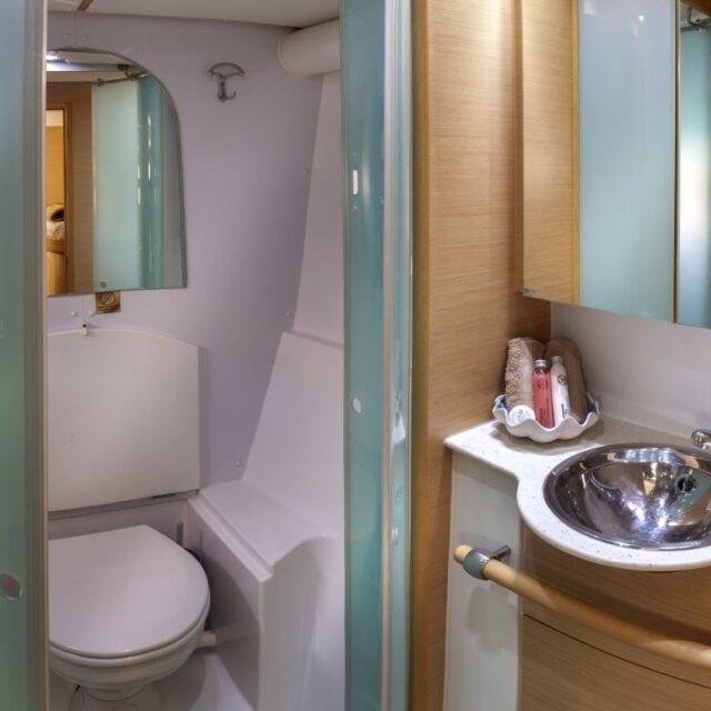 Elvira Luxury Yacht 08