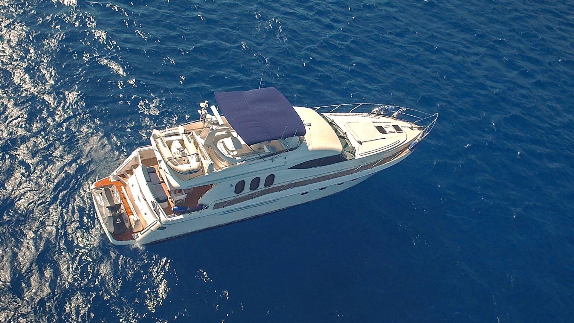 Venali Motor Yacht 01