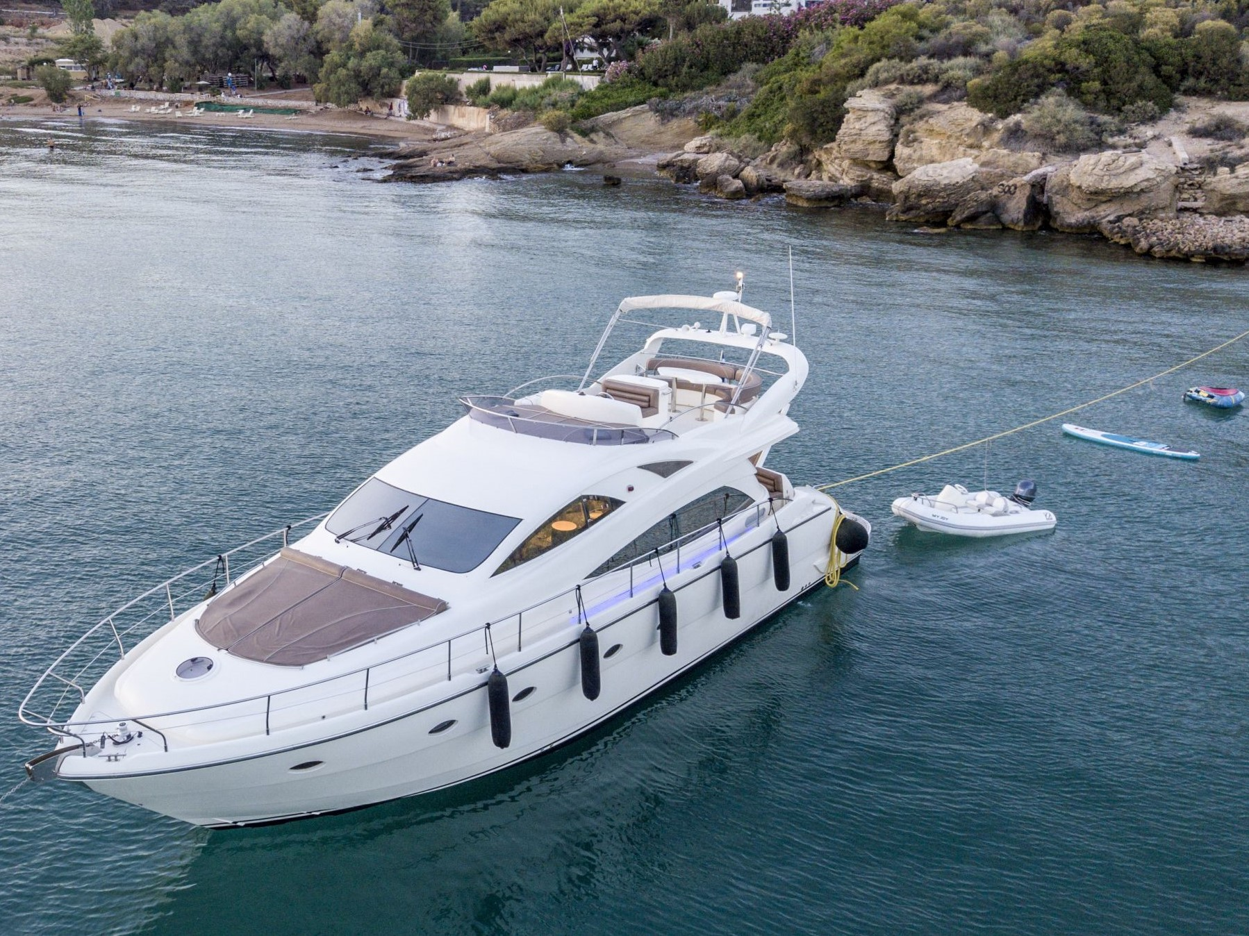 Joy Luxury Motor Yacht 02