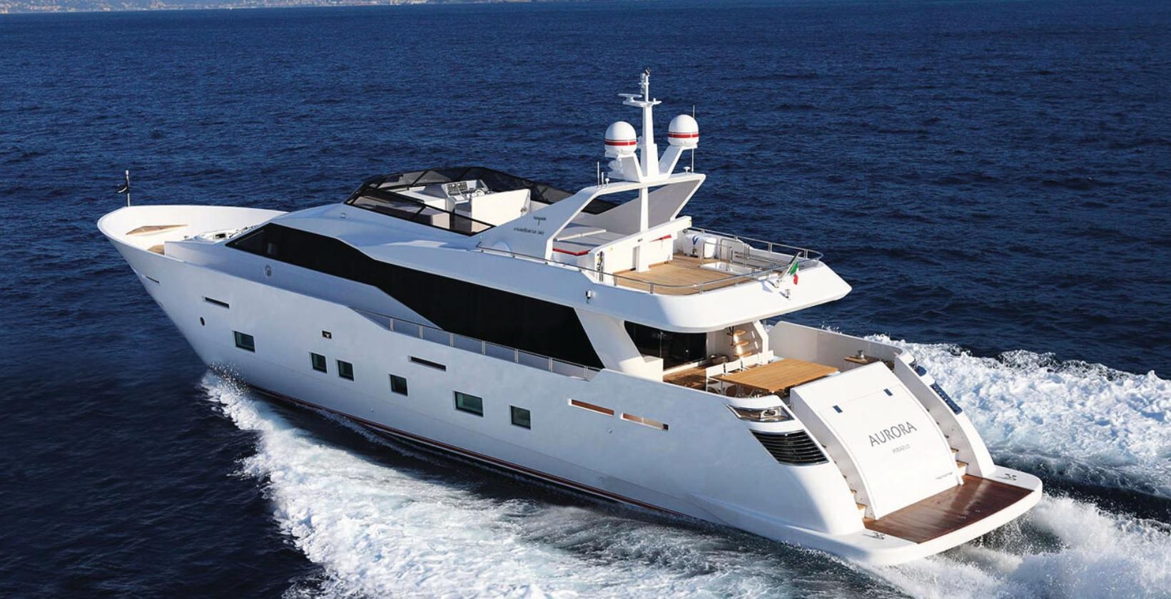 Aurora Motor Yacht 01