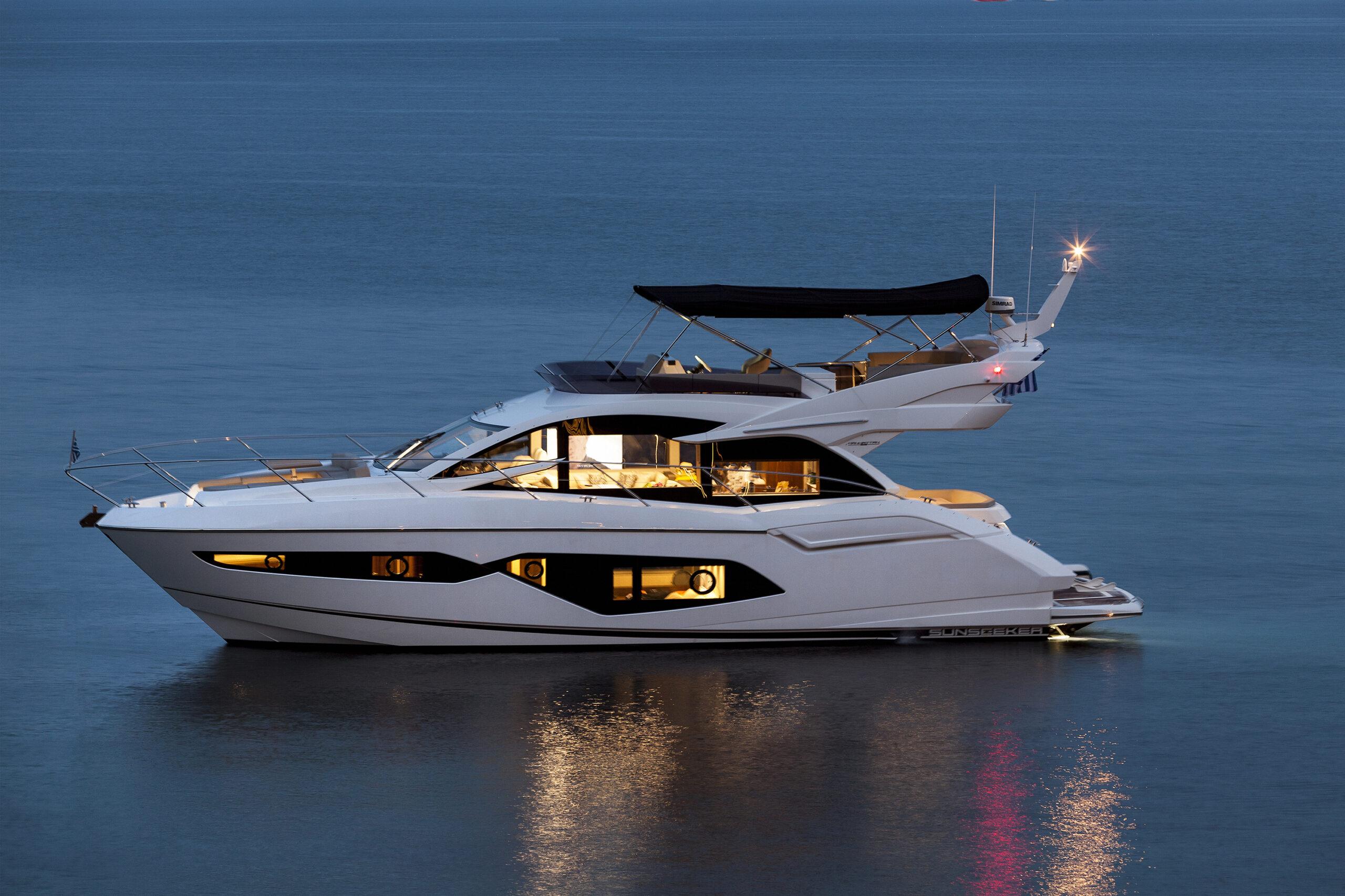 Spirit Of Joe Motor Yacht 02