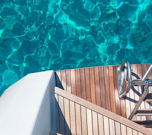 Sy Serenissima Catamaran 02