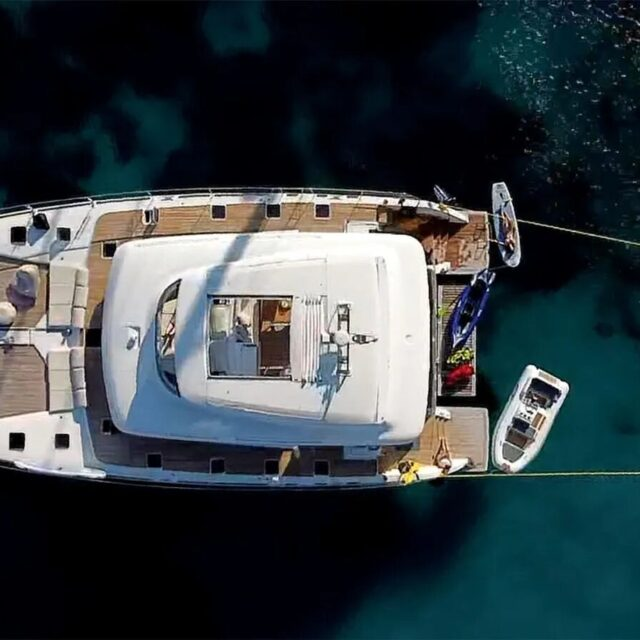 Galux One Catamaran 01
