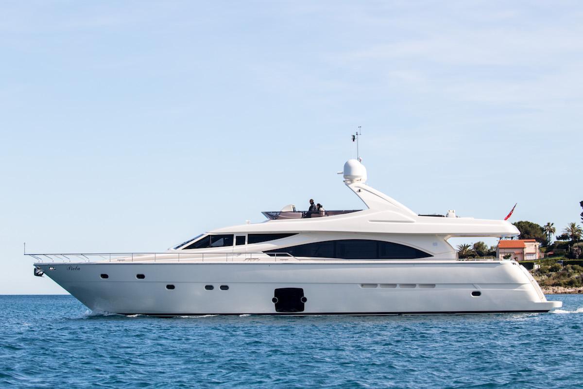Piola Motor Yacht 01